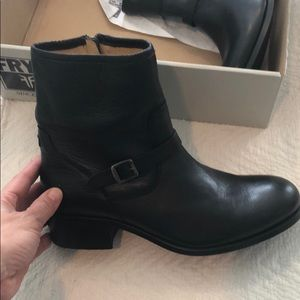 Frye Boots NWT